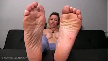 beautiful milf039_s feet