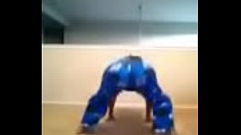 thick bootie cookie monster twerk