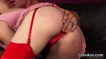 Nasty idol gets cumshot on her face swallowing all the load