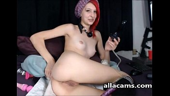 Sweet Readhead Teen Girl masturbating on allacams.com!