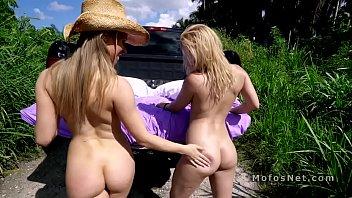 Hot ass girlfriend shares dick with hillbilly