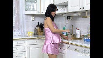 pregnant bebe gets plumbed