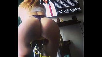 chilena nikol slow