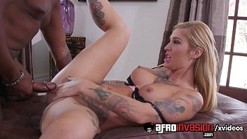 bang-out-queen-kleio-valentien-takes-a-large ebony beef whistle-720p-tube-xvideos