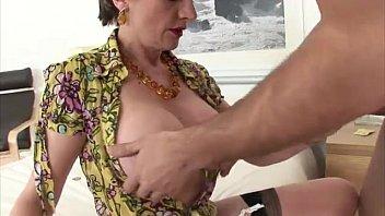 furry mature vulva pummeled