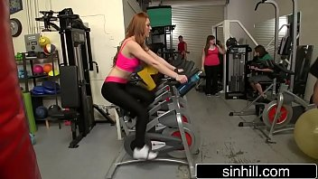 sandy-haired farrah flower pounds trainer in.