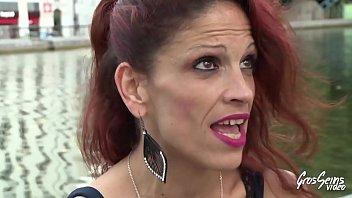 Nikita, ancienne pute, nous raconte le trottoir - Gros Seins Video