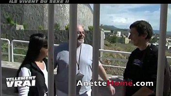nine cams voyeurs 24h chez un duo franccedil_ais.