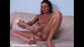 french canadian inexperienced crams her twat with lengthy.