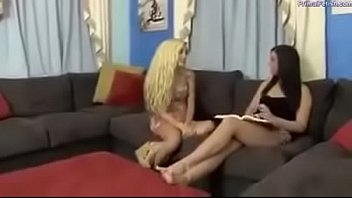 Foot Worship enjoy lesbian