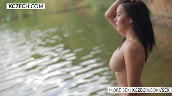 Beautiful asian showing her beauty in the water - XCZECH.com