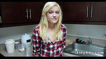 flawless teenie honeypot poke chloe foster.