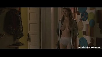 laura ramsey in kill the irishman.