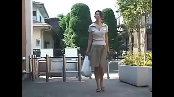 japanese cougar wants the fellow-meat