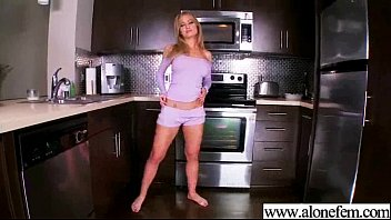 Sexy Amateur Teen Girl Masturbating With Sex Toys vid-03