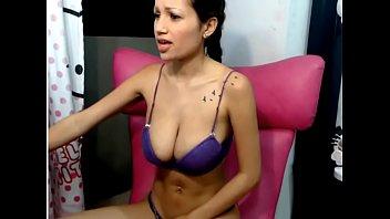 big tit latina camgirl