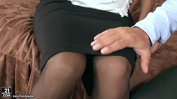 bulky stud butt-humped the maid christen.