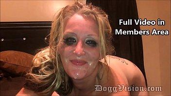 Horny Blonde MILF Oreo Splitroast and Facial