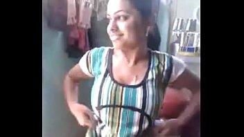 Kamya Bhabhi Showing  her boobs