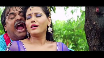 seema singh steamy stomach button titty.