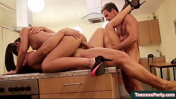 Sexy Teen Amateur Public Fucking Video 23