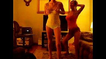 2 supah hot ladies dancing 1.