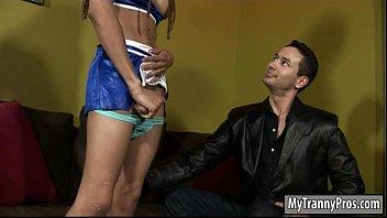 Ebony cheerleader tranny fucked horny dude on the couch