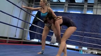girl/girl chichs in nude fight