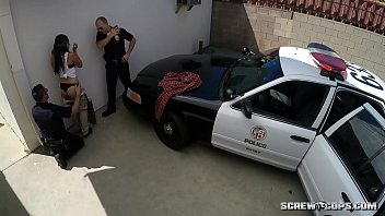 Cops Fuck Latina Teen in Public