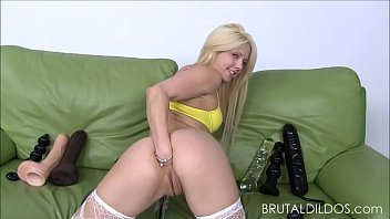 diminutive light-haired holly hanna gapes her caboose with.