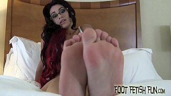 I love teasing a real foot freak like you
