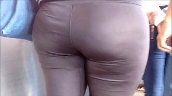 Gostosa 181- rabuda da legging transparente