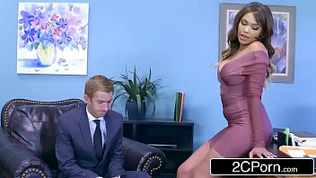 cassidy banks gets some yam-sized milky manstick at work