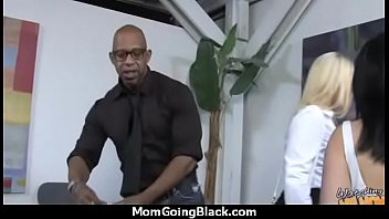 Cool Sexy Mom Getting Black Cock 9