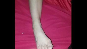 cuming on my legal yo gfs foot as.