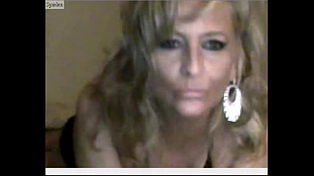Mature Webcam Free Amateur Porn Video by http://cams18.org