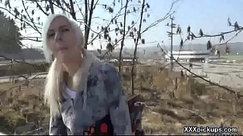 Amateur European Girl Fuck In Public 15