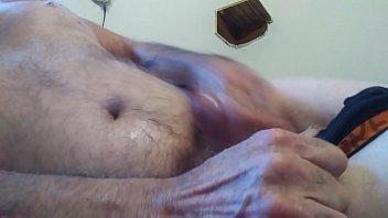 To all the girls out there contact me if you want me to cum on live video