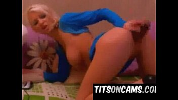 Super Cute Blonde Babe Dildos Pussy on live chat - www.titsoncams.com