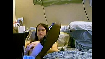 supah-cute sensitive gf doing her fucktoy.