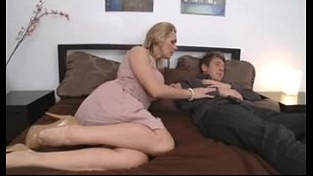milfsonlyblogspotcom-thick-titted mother with youthful boy in.