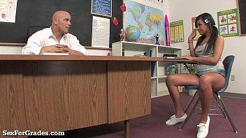 teenie bi-atch instructed a xxx lesson.