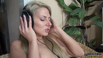 ash-blonde-dressed in-headphones-while-having-romp-st