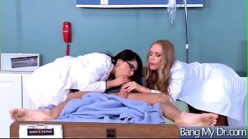Sex On Cam Between Doctor And Slut Horny Pacient (Anna Bell Peaks &amp_ Nicole Aniston &amp_ Rachel