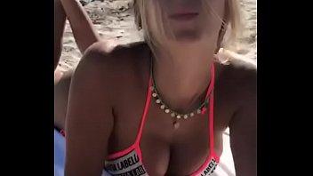 Whats her name? Hot bikini girl