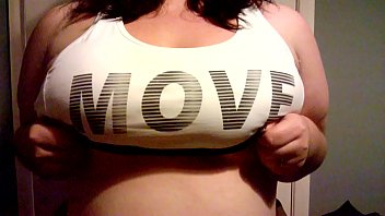 jaden jiggles boob drop nipple play